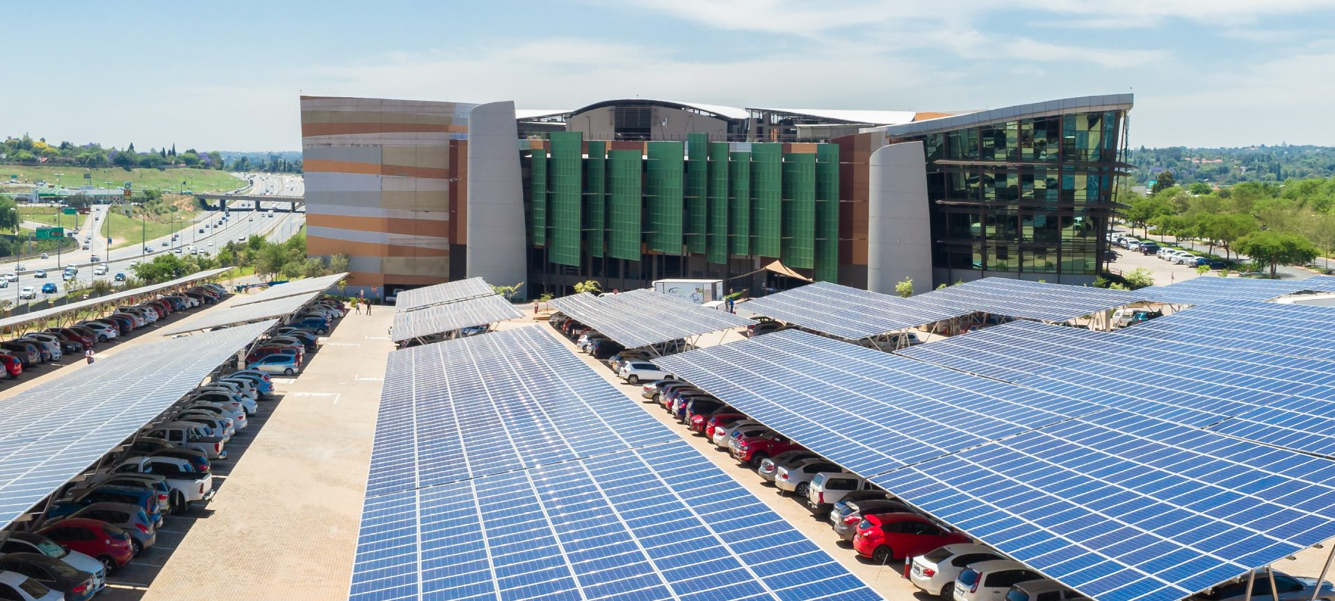 Sunworx proudly completed one of the largest solar carports in the Southern hemisphere.